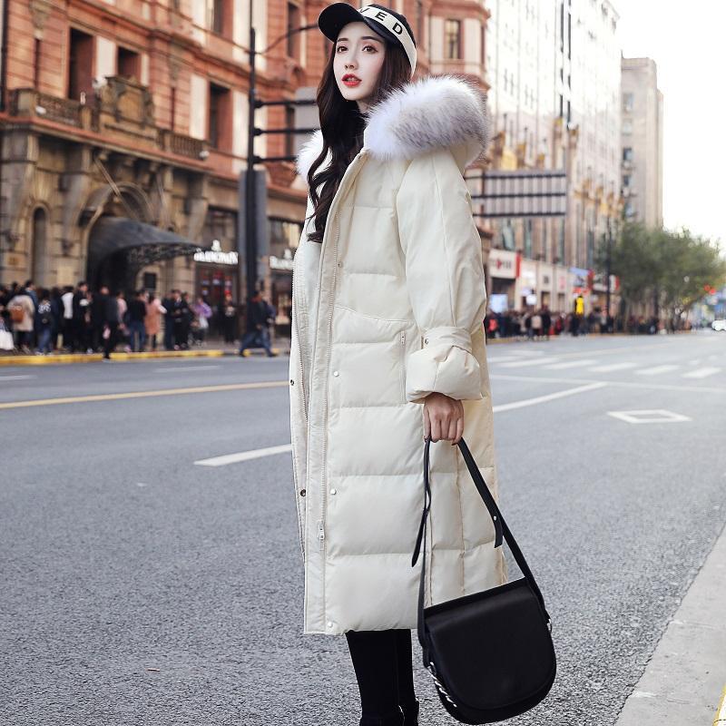 여성용 파카스 화이트 자켓 여성 긴 두꺼운 느슨한 대형 모피 칼라 겨울을위한 무릎 짐을 싣는 2021 스타일