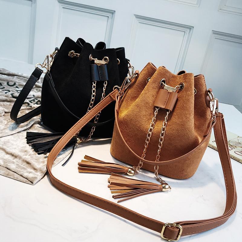 Женские ведровые сумки SSQBW модной сумки мессенджер Crossbody сумки 2 смотрительные женщины PU организатор сумка милая кожаная мини-замшевая кисточка