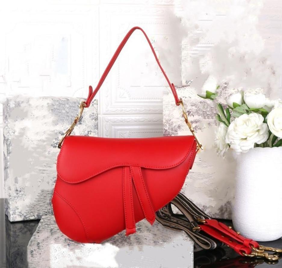 Luxurys Designer Bolsos Diseñador Bolso Damas Bolsos de cuero genuino con letras Sillín Bolsa de cuero genuino de alta calidad Bolsos de hombro