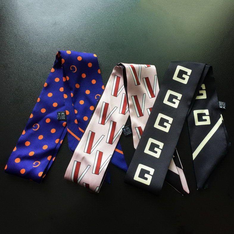 Mode Lettres Soie Écharpe Nouveau Design Impression Femmes Tête Faure Écharpe Petite cravate poignée de sac rubans Écharpe Soie Foulards