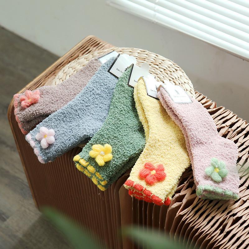 Зима нового цветок украшение ватка Женщина Носки Мода Мягкие напольные носки Девушка повседневные носки