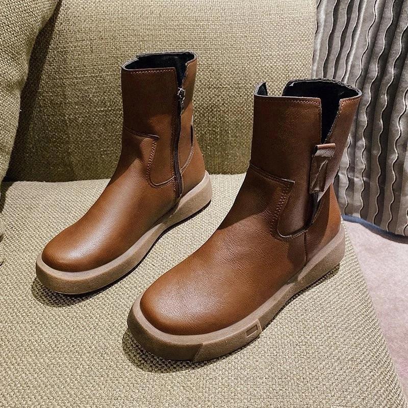 Nuevos zapatos de llegada Mujeres como botas damas de cuero de invierno plana con cremallera baja tubo medio botas de cuero botas de cuero # vx0f