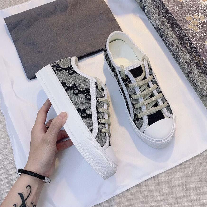 Clássicos Qualidade Mulheres Sapatos Espadrilles Sneakers Impressão Sneaker Sneaker Bordado Lona Baixo Plataforma Top Sapatos Meninas por Home011 10