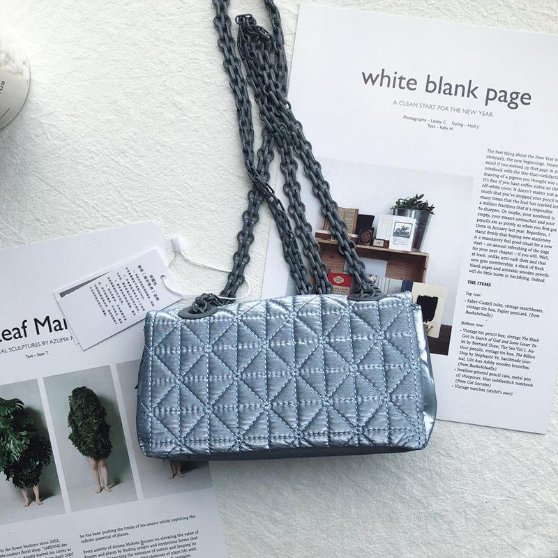 2021 cor sólida cor sólida feminina saco de ombro diamante xadrez de plutão de plutão rosto bolsa macia messenger bag