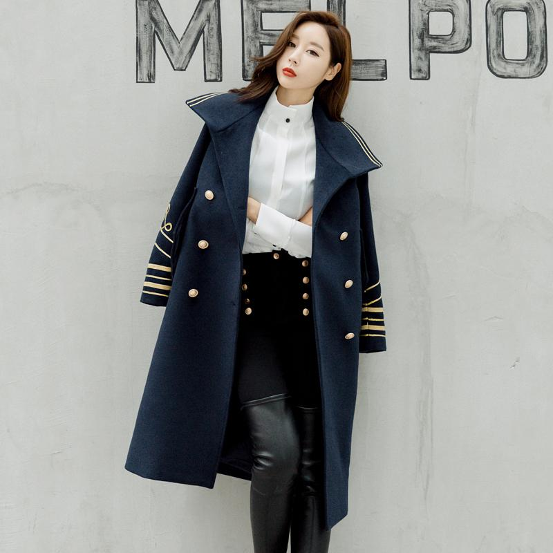 Automne et hiver Longue Veste Fashion Bureau à double boutonnage Lady Trench Militat Coteau Original Design Street Port Poncho