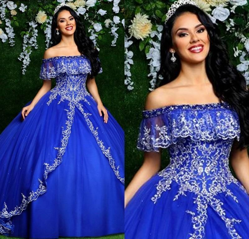 2021 barato Vintage Royal Blue Quinceanera Vestidos Off Hombro Bordado Tulle Bordado Plus Tamaño Puffy Ball Bow Ball Formal Party Paste Vestidos de noche
