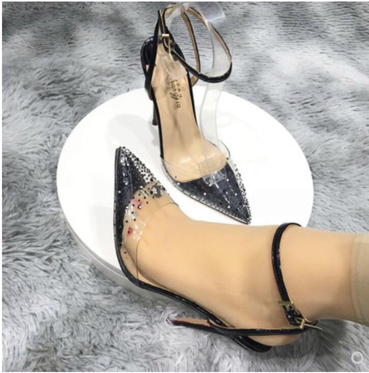 neue Absatz-Sandalen Frauen Stiletto Schuh-Schwarz-Slip-On Weibliche Partei Luxuxentwerfer spitze Zehen rote alleinige Pantoffel Pumpen Schuhe Hochzeit