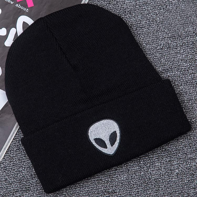 Ветер инопланетянин вышивка улица череп вязаная шапка осень и зима открытый призрак теплый шерстяной шляпа