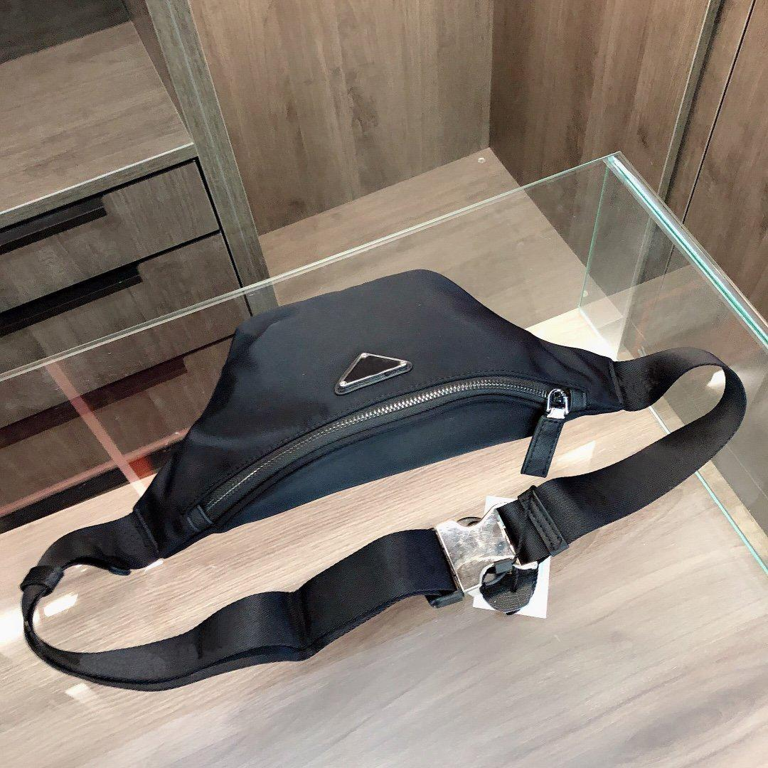 Bolso de la cintura de moda 20FW Nueva textura Diagonal Hombro Bolsa de pecho Estilo de diseñador con nylon Top Productos Color Negro WF2012024