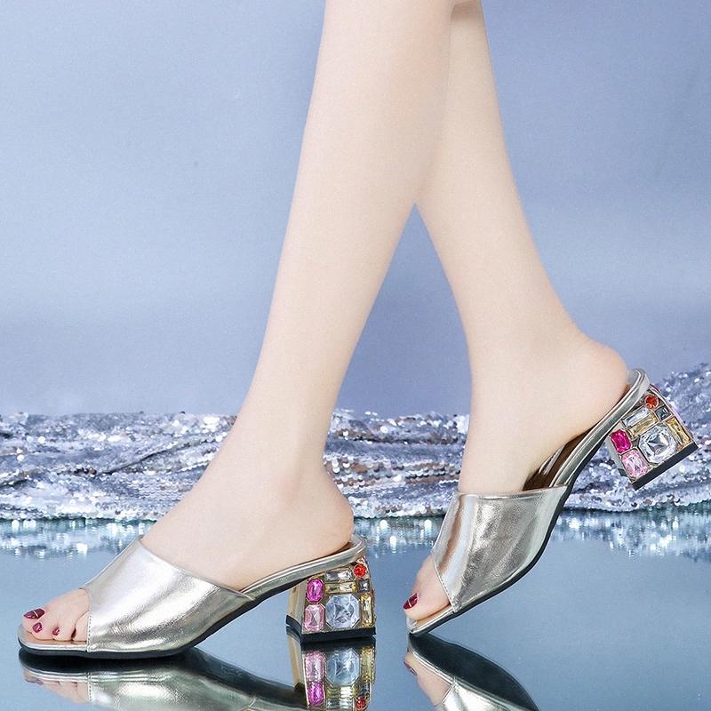 Rimocy 2020 Yaz Yeni Kadınlar Sandalet Yüksek Topuklar Açık Burun Kadın Açık Terlik Moda Ctystal Topuk Ayakkabı Kadın Altın Gümüş WASG #