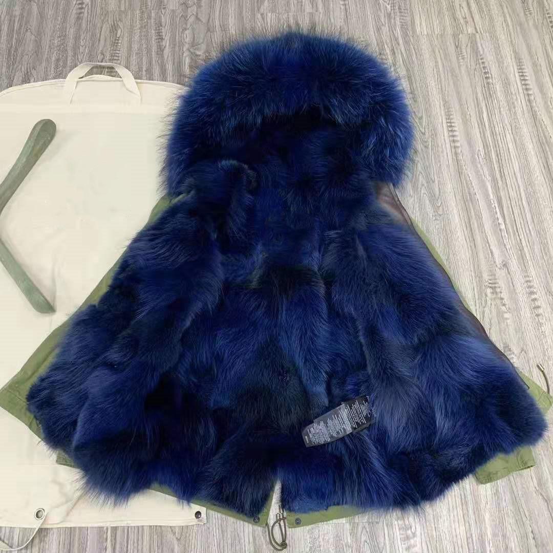 Beauitful Mulheres casacos quentes mukla peles marca forro exército azul pele de raposa mini-verdes jaquetas parka inverno neve com guarnição da pele azul guaxinim