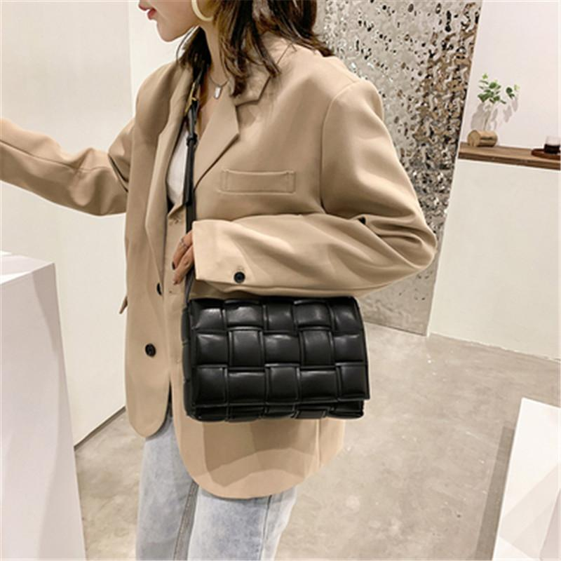 2021 Handtasche Designer Neue Kreuz Brieftasche Kissenbeutel Luxus Körper Messenger Bags Woven Frauen Leder Lässige Tasche Frau Taschen Mode Schulter Fijn