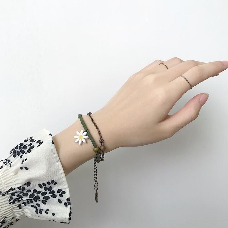 Ins Sen Département de la littérature et de l'art à la main petite main Bracelet frais de fleur de marguerite Bracelet fille de la mode créative artisanat douce