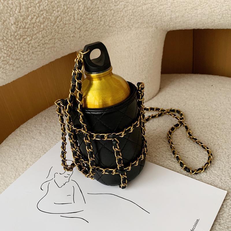 Brand de la marque PU Bague Sac Femmes Persasallity Sac Nouveau 2020 Shape Shape Designer Chaîne En Cuir Bouteille de vin Petit Messenger QRJDV