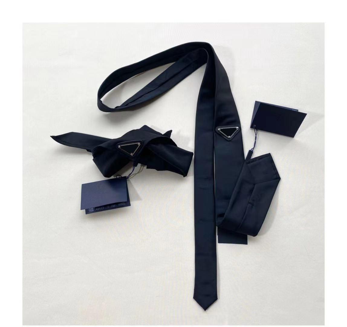 2021 للجنسين رجالي وشاح الكلاسيكية الفاخرة ربطة العنق الرجال معصمه الهيب هوب خمسة أشار ستار التطريز مثلث شارة معدنية وشاح الثلاثي