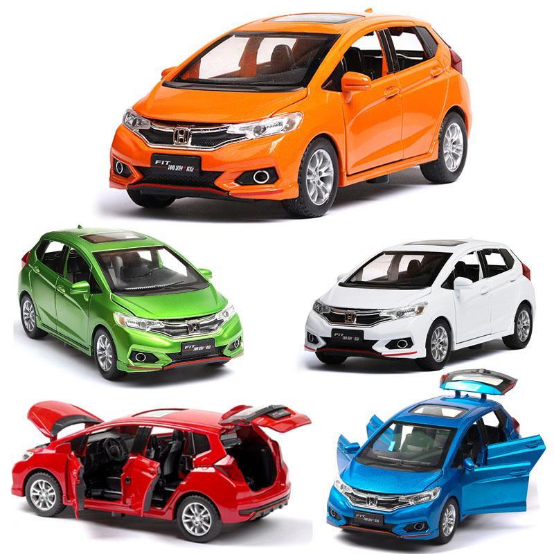 01:32 Honda Fit Die Cast alliage métal Model Car Pull Back Enfants Jouet de collection cadeau Livraison gratuite