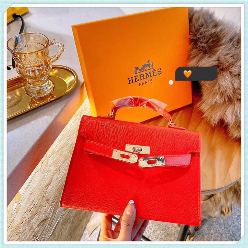 Bon marché Sacs de soirée Sacs de luxe Sacs à main de luxe Femme Sac Designer Dames Sac à main à l'épaule 2021 NOUVEAU SAC BAG DÉCOFFAIRE COMMAIRE BRANCHEED