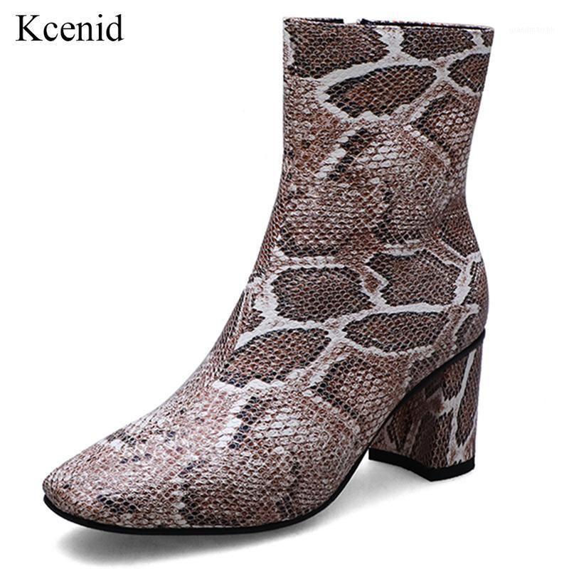 Kcenid Print Snakeskin Botines para mujer Botas de tobillo Zip Square Toe Calzado Chunky High Heels Female Talla grande Botas Mujeres 2020 New1