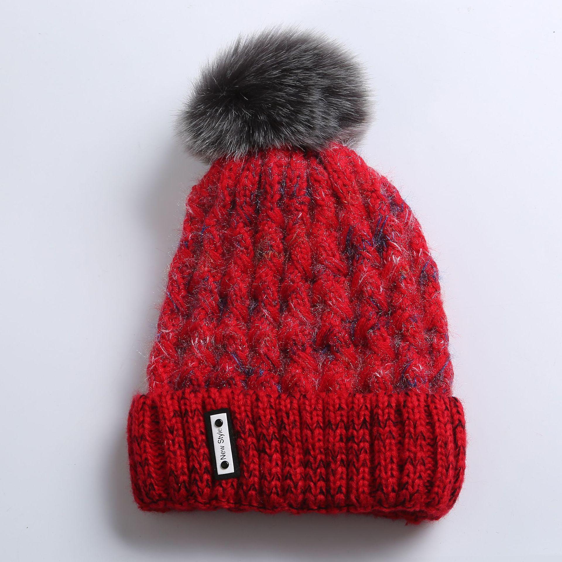 Invierno nuevo estilo rizado moda punto más pom pom sombrero cachemir cálido damas beanie sombrero mujer diseñadores sombreros 2020 mujer lujoso diseñadores