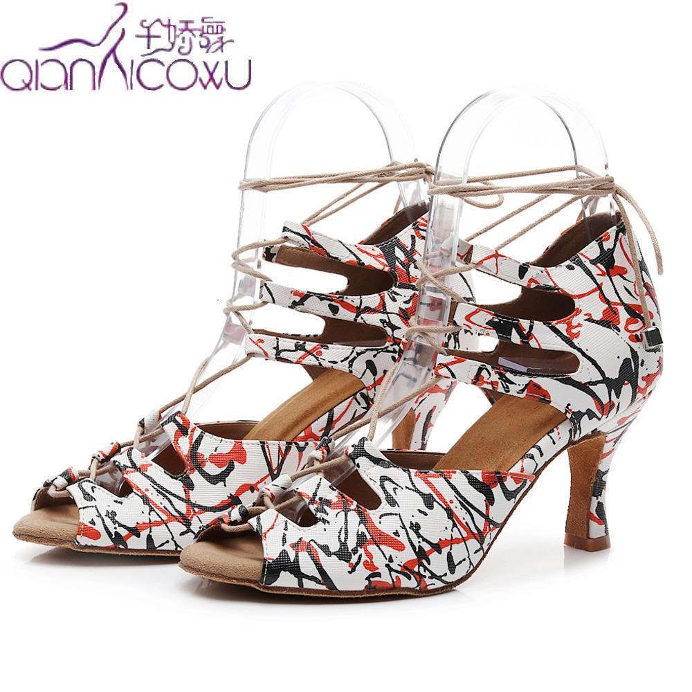 Mode Jazz-Ballsaal Latin Dance Schuhe für Frauen tanzen Plus Size-Streifen Tango Walzer Latina Low Pumpen Sommer Sandalen