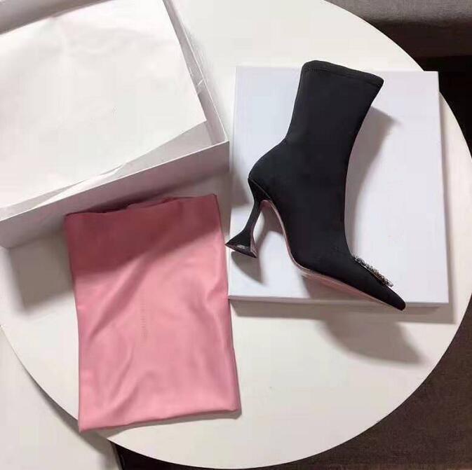 뜨거운 판매 여성 패션 아미나 럭셔리 Muaddi 수사관 장식 된 앵클 부츠 디자이너 새로 출시 희귀 패션쇼 크리스탈 꾸밈 신발