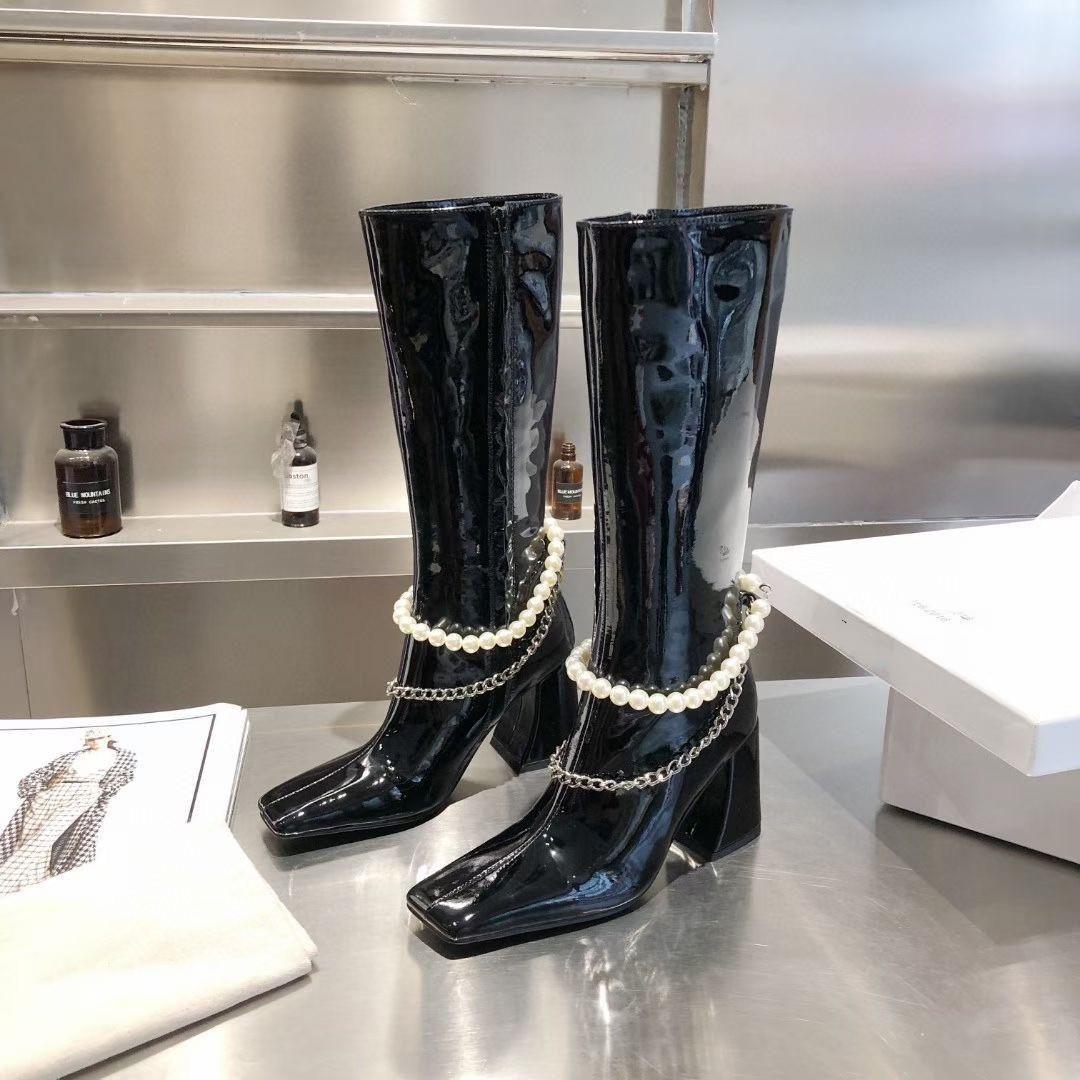 Platz Zehen Frauen Stiefel mit Lack Perle Stiefel mit klobigen Fersen sind Schlankheits Leder für Modeketten