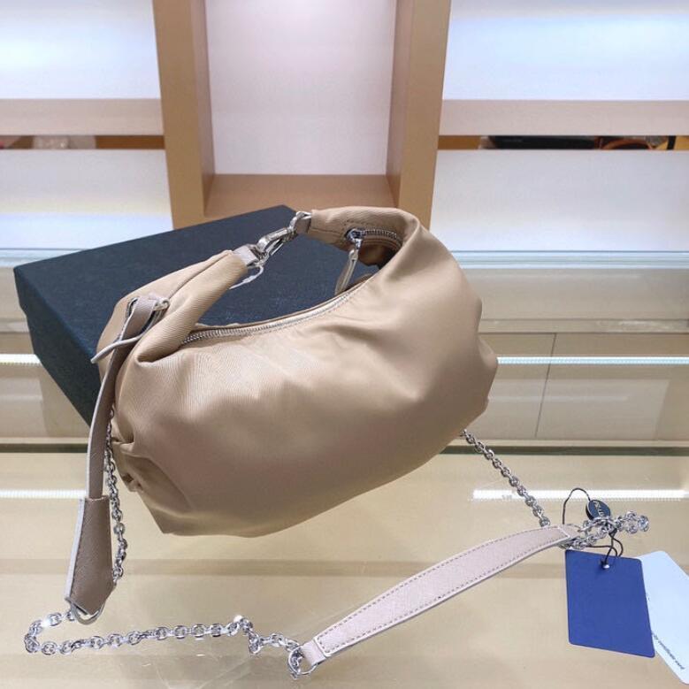 neue Art und Weise Frauen Wolken Kettenbeutel Nylonschulterbeutel Dame hohe Qualität Handtaschen Mädchen Umhängetasche toten mit Kasten