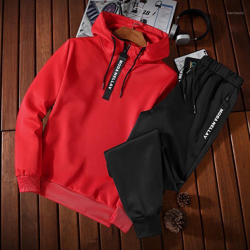Abito sportivo maschio in esecuzione uomini tacksuit fitness body building mens felpe con cappuccio + pantaloni sportivi abbigliamento abbigliamento set di accessori uomo1