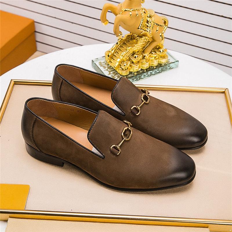 Moda Scarpe da ufficio Designer Uomo Formale Coiffeur Slip Abito da uomo di lusso scarpe da uomo in pelle Glitter Mocassini da uomo Abito italiano Zapatos Elegante
