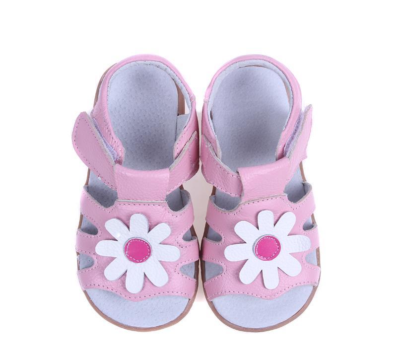 маленькие девочки сандалии T-ремень летних туфель ребенок подарок детской обувь малыша нескользких единственными белых розовых маргаритки цветов ручной работа фондовых