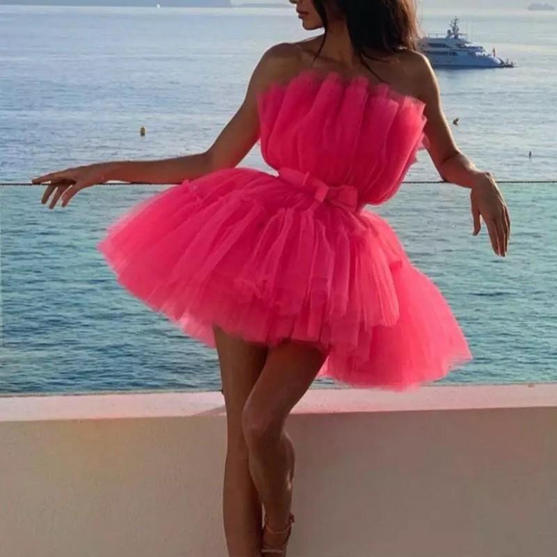 Hot Pink Mini vestidos de regreso a casa Straplss Los plisados de tul vestido de partido de coctel corto barato vestidos de baile por encargo