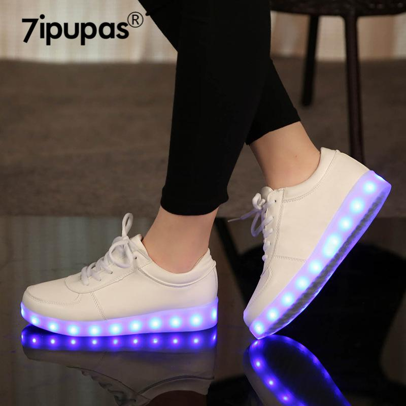 LED Chinelos USB Iluminado Krasovki Luminous Sneakers Brilhante Crianças Sapatos Crianças com Light Sole Sneakers para Girlsboys 201130
