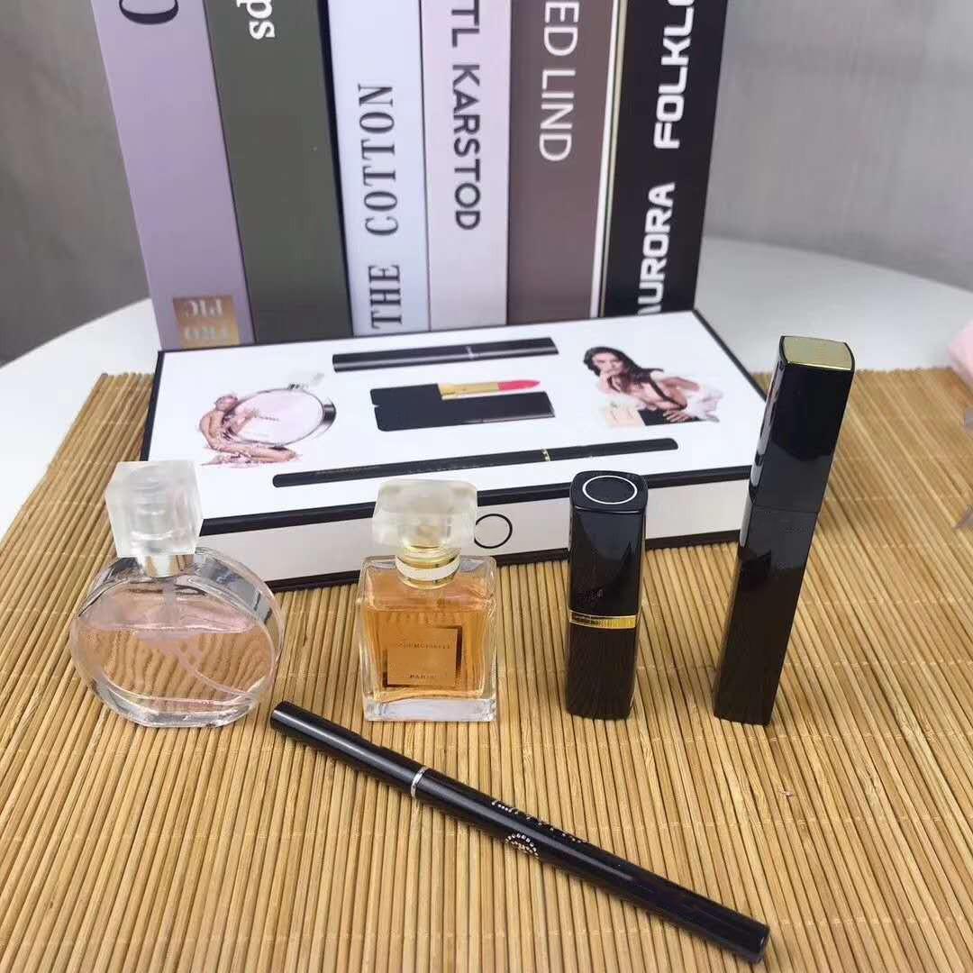 Маркировка макияжа комплект 15 мл парфюмерии помада помады подводка для глаз тушь для подводки для глаз тушь 5 в 1 с коробкой губ косметики для женщин подарок быстрая доставка