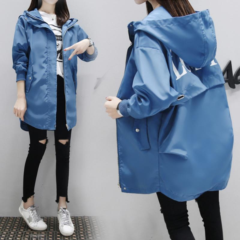 Corea Casual Trench Coat 2020 New Fashion Mujeres de manga larga con capucha con capucha Impreso Medio largo Largo Rompevientos Abrigos de otoño