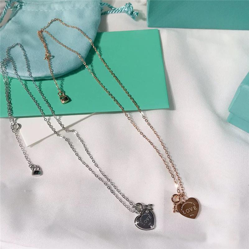 2020! TIF 925 Sterly Silver Classic Key Lock Colgante Collar para mujeres con encanto para proporcionar un elegante amor regalo de joyería F1222