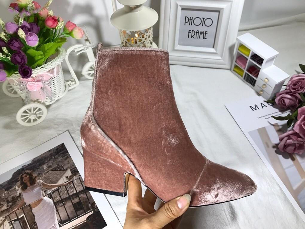 señoras de la manera otoño e invierno nuevo lado clásico de terciopelo negro con cremallera de oro rosa talón grueso tubo corto todas las botas de moda partido
