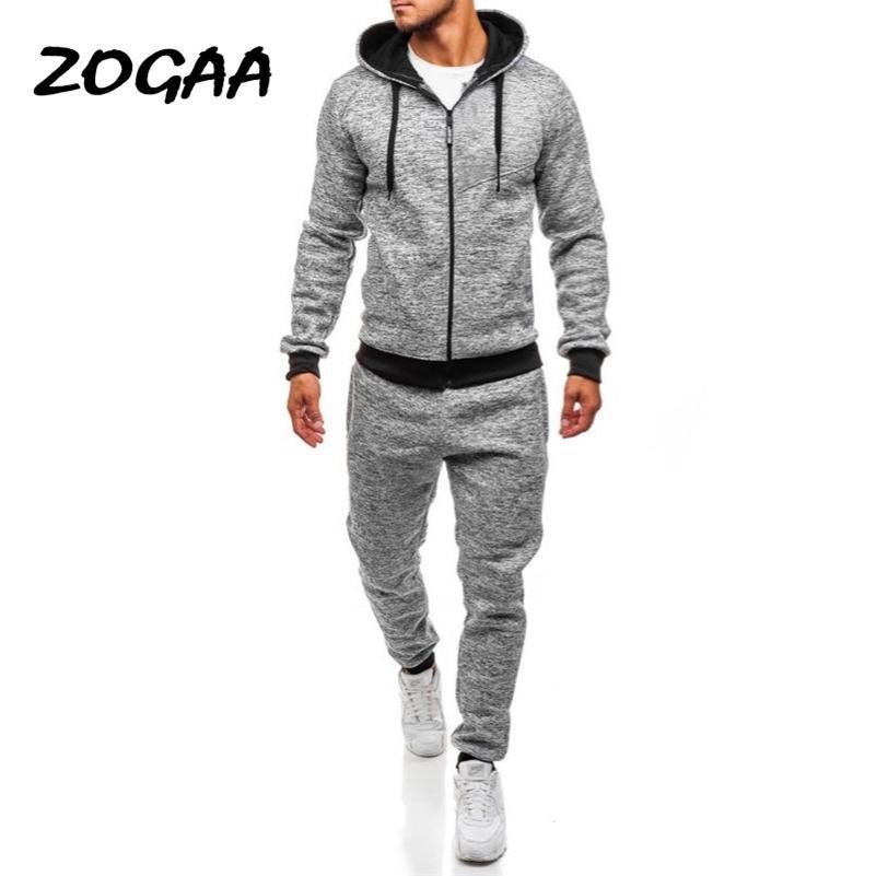 Zogaa Plus Size Mens Sport Suit Casual Solid Streetwear Uomo Tracksuit 2 pezzi set pantaloni e Top Gym Jogger Track Suit per uomo LJ201124