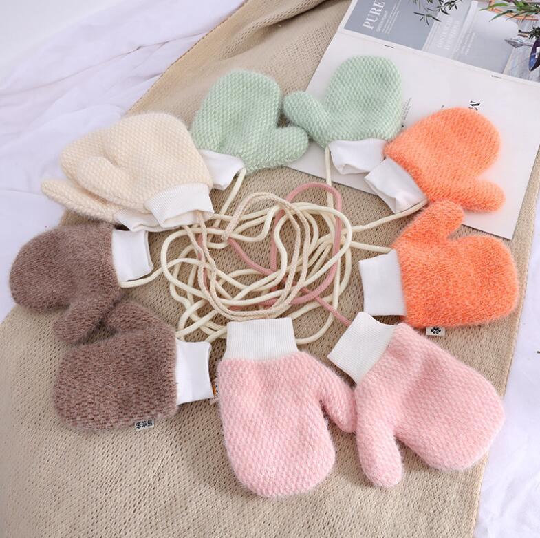 Baby-Ansatz hing Handschuhe mit Sound Winter stricken Wolle Newborn Fäustlinge Velvet Thick Kinder Kinder Halten Finger Warm 3-8years alte Handschuhe