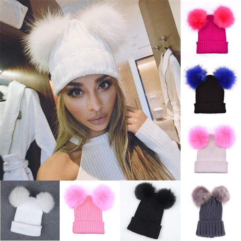 Fur Ball Cap 2 Pom Poms Winter Hat для женщин девичьего шерсти Hat Трикотажная хлопковая Шапочки Cap Brand New Толстая женщина