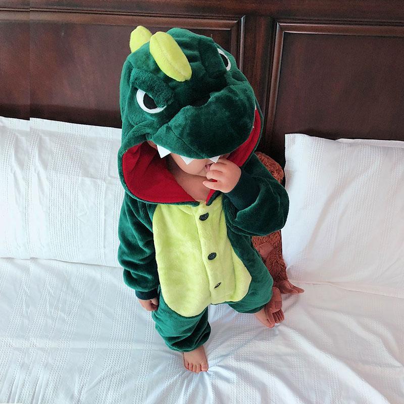 Otoño e invierno niños lindos pijamas niños y niñas franela animal dinosaurio una sola pieza