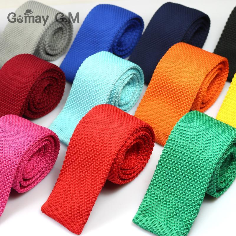 Los nuevos hombres de tejer sólidos corbatas delgadas de poliéster tejida clásica de moda de la tela escocesa corbatas Mans corbata Primavera informal