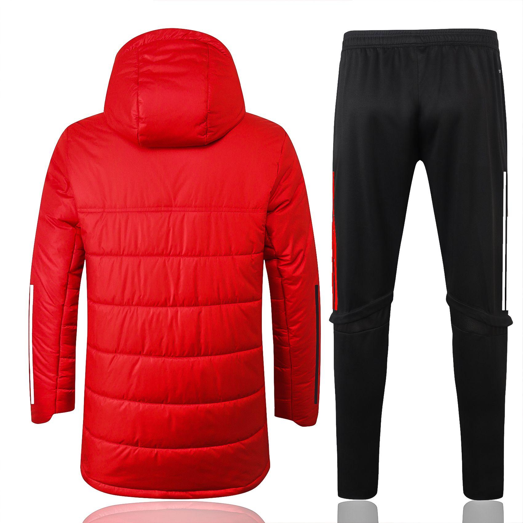 Jede Person mit Kapuze Neue Trainingsfußball-Jersey-Trainingsanzug-Kits S-2XL / Notwendigkeit, Anfrage zu wenden, ob es Inventar gibt
