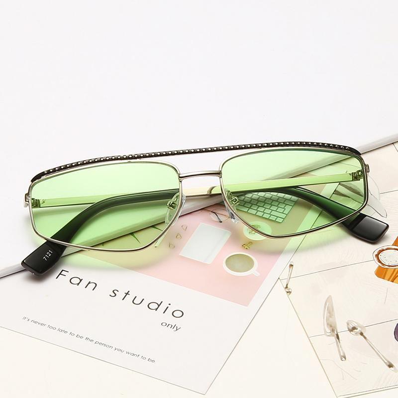 Прямоугольные солнцезащитные очки для женщин Небольшой объектив Солнцезащитные очки Классический сплав металлический каркас пилот Солнцезащитные очки мужчины UV400 оттенки для женщин