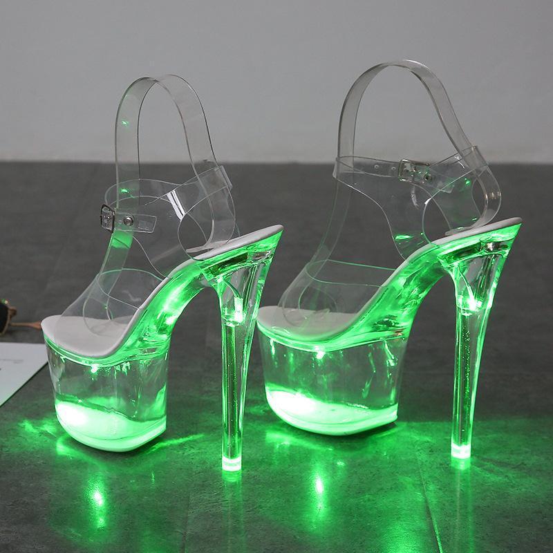 Nouvelle discothèque Super Haute Talons hauts Talons transparents Pantoufles lumineuses de la plate-forme transparente Femmes chaussures LED Courteuse de pôle Polonais de pôle Sandales de danse