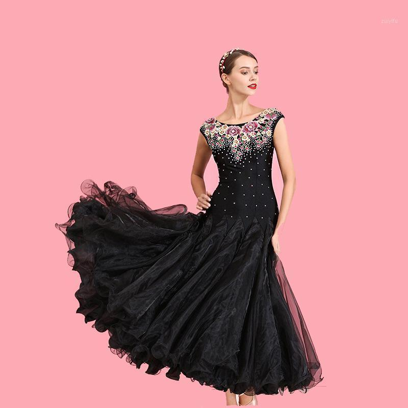 Sahne Giyim Kadınlar Dans Elbise Balo Salonu Dans Kostüm Kısa Kollu Rhinestone Çiçek Siyah Tango Waltz Kostümleri İspanyolca Elbiseler1