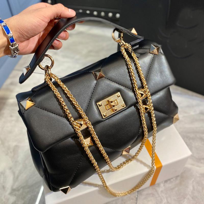 Fashion Bag Women Crossbody Bags Chain Shoulder Bag Rivet Clutch Bags Lady Leather Tote Bag Dinner Party Bags Wallet High Quality Free Ship
