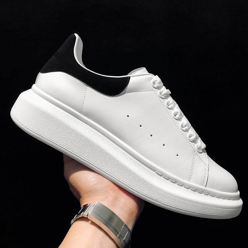 Yeni Tasarımcı 3 M Yansıtıcı Düz Rahat Ayakkabılar Üçlü Beyaz Siyah Erkekler Kadınlar Platformu Parti Ayakkabı Spor Sneakers 36-44 ücretsiz kargo