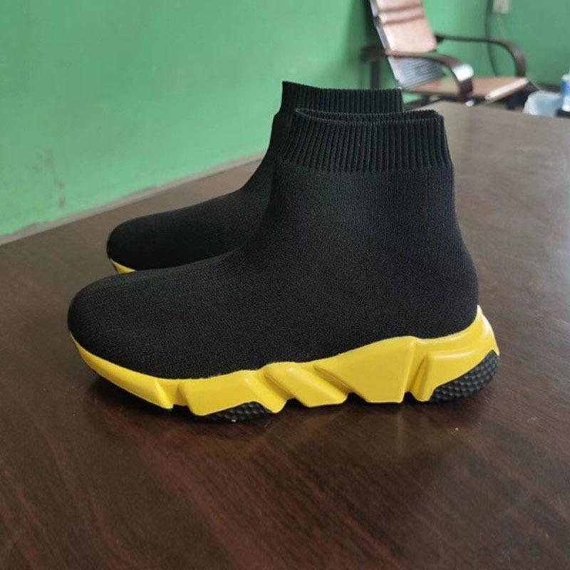 Fashion Kids Socks Bottes Enfants Chaussures d'athlétisme Casual Appartements Vitesse Entraîneur Basker Garçon Haut-Top Chaussures de course Noir Blanc 24-35 G9FFR