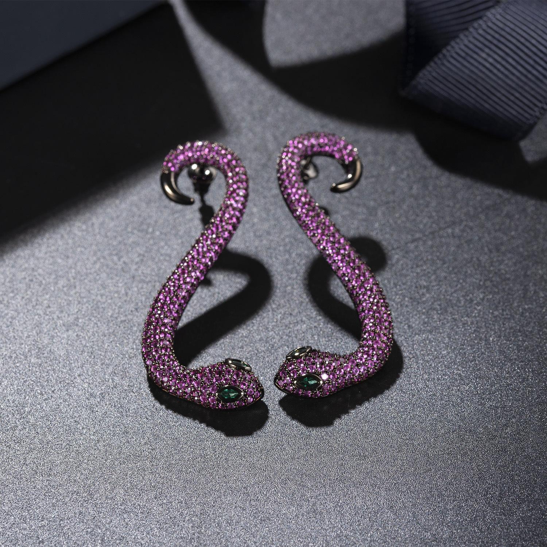 Europäische und amerikanische Luxus-Ear-Clip-Atmosphäre Socialite Zircon-Ohrring-Schlange lange Stil-Diamant-Temperament-Ornamente
