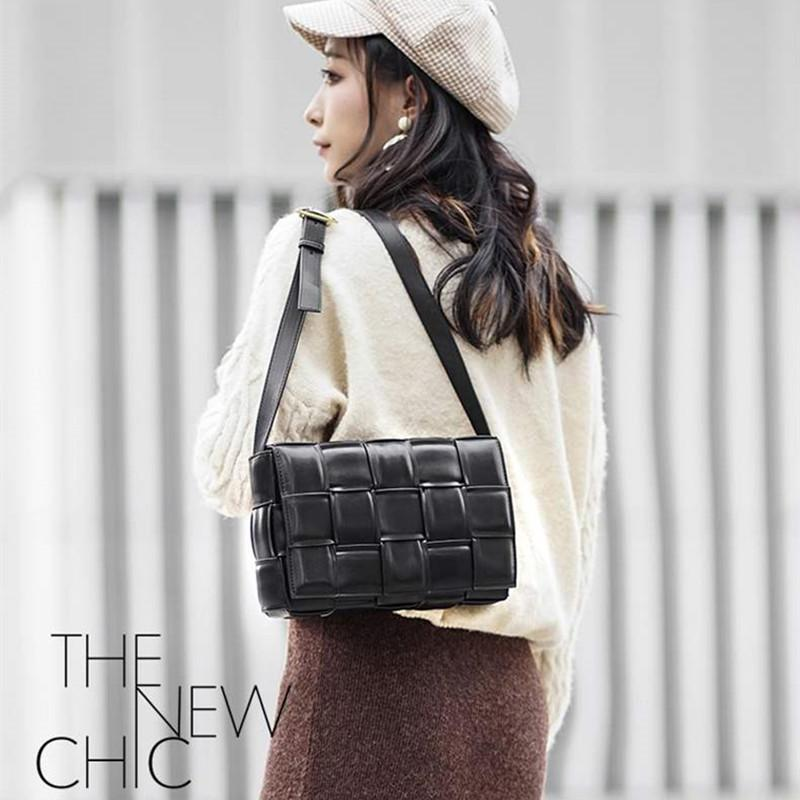 Fashion graffiti Messenger bag ladies flower pattern fresh shoulder bag sweet cute real leather square bag crossbody bags purses handbags